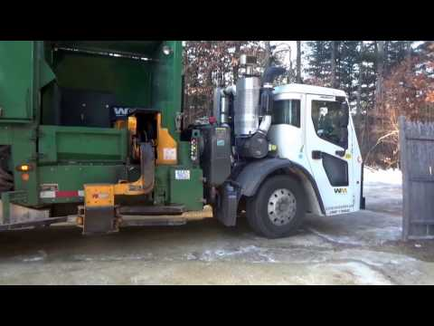Waste Management 153006 ~ Mack LR Labrie Expert Helping Hand