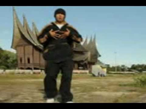 ex-video clip HIPHOP BATUSANGKAR_Ryo Slim Fernandes.3gp