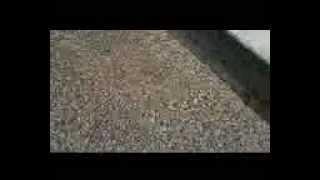 Утепление керамзитом.3gp(Утепление пола и чердаков керамзитом. Тут на видео показан правда просто керамзит, но смысл в том, что утепл..., 2013-02-09T13:49:08.000Z)
