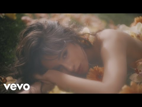 "Camila Cabello - ""Living Proof"" (Video)"