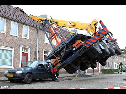 Crane Fail Compilation - When Crane Operators Screw Up Bad