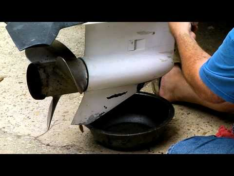 How To: Changing Your Outboard Motor Lower Unit Gear Oil