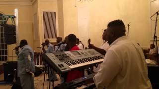 Darrell Mcfadden and The Disciples **Shackles**
