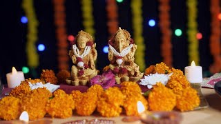Pan shot of Hindu god Laxmi and Ganesh at Diwali festival - Festival of India