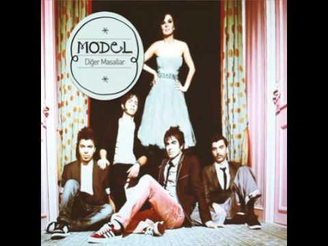04 Model - Sana Ne (2011)