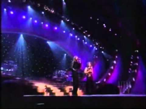 CELINE DION POR AMOR   Medley Duet with Gloria Estefan Live All The Way CBS Special 19991