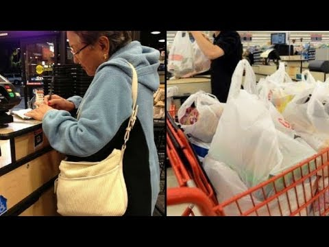 Cashier Shames Elderly Woman At Grocery Store But G'ma's Response Leaves Her Dumbfounded