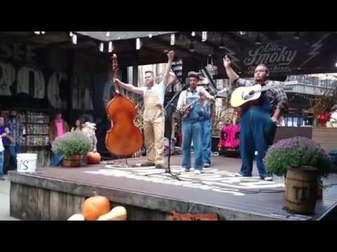 Po' Ramblin' Boys at Ole Smoky in Gatlinburg, TN