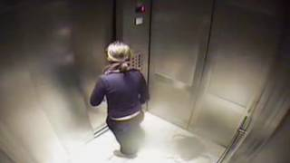 Video Girl Stuck in Elevator download MP3, 3GP, MP4, WEBM, AVI, FLV Juli 2018