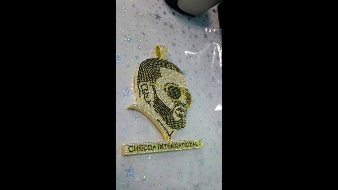 Affordable custom hip hop jewelry 18k gold custom head pendant affordable custom hip hop jewelry 18k gold custom head pendant 2750 diamonds youtube mozeypictures Image collections