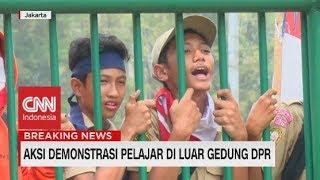 Ini Nih Alasan Aksi Demo Pelajar di Luar Gedung DPR