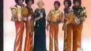 The Jacksons - Sing Happy Birthday in spanish