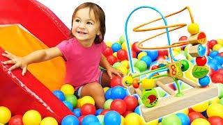 Видео про игрушки для малышей - ДаДа игрушки! Обзор игры для детей - Головоломка для малышки Марты!