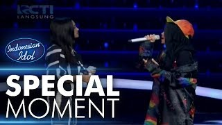 Video Ayu berkesempatan duet dengan Syifa Hadju - Spekta Show Top 5 - Indonesian Idol 2018 download MP3, 3GP, MP4, WEBM, AVI, FLV Oktober 2018