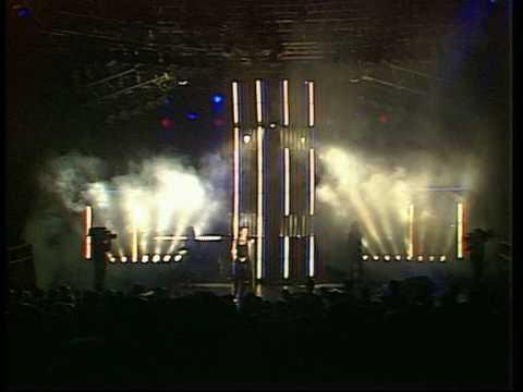 Gary Numan 'Are Friends Electric ?' (Live).