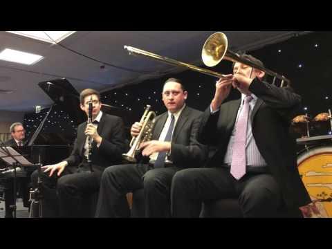 Jazz Me Blues - Andy Schumm's Bix Beiderbecke & His Gang - Whitley Bay 2016