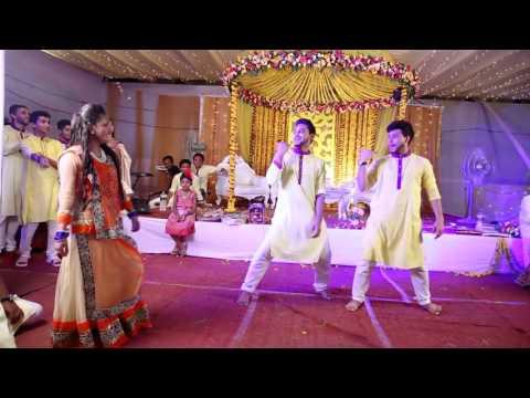 O Laila Teri Le Legi Bangladeshi Wedding Dance Performance