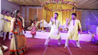 O Laila Teri Le Legi Bangladeshi Wedding Dance Performance
