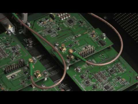 WBX transceiver tests using GNU Radio and USRP - YouTube