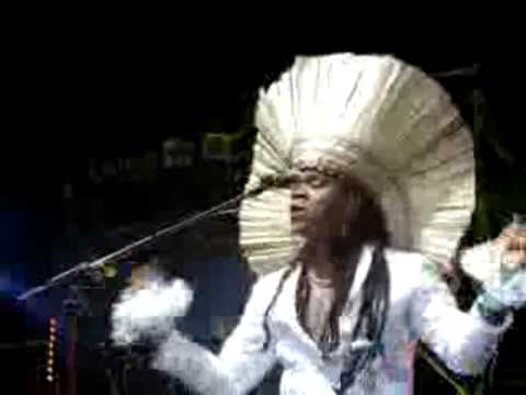 video timitar 2009 Agadir :  Carlinhos Brown au festival Timitar 2009  (Maroc, Brésil) Travel Video