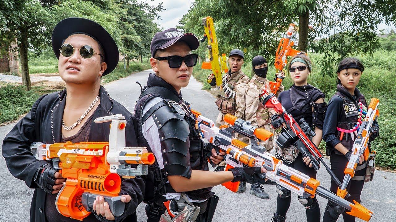 LTT Game Nerf War : Couple Warriors SEAL X Nerf Guns Fight Braum Crazy Death Car Ride