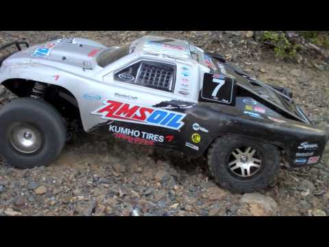 rc-explorer---traxxas-slash-4x4-takes-on-hill-climb