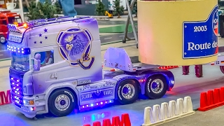 Epic RC trucks and crane action on a wonderful exhibition display!