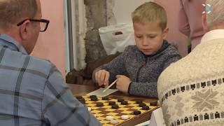 В Севастополе стартовал чемпионат по стоклеточным шашкам