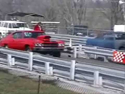 Drag racing at coles county dragway 2005