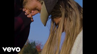 Jeremy Zucker & Chelsea Cutler - this is how you fall in love (Official Music Video)