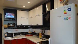 Черная кухня в стиле Хай тек в пластике и ПВХ кромке