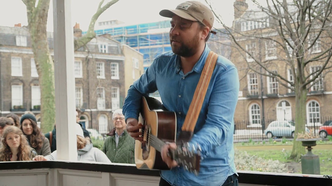 frightened-rabbit-my-backwards-walk-bandstand-busking-bandstand-busking