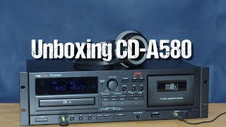 USB/CD/cassette tape deck Tascam CD-A580 ~ unboxing & short demo ~ Česky & English ᴴᴰ
