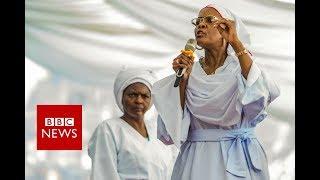 Mugabe 'let wife usurp power' - BBC News