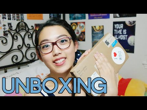 SPECIAL UNBOXING (The Willoughby Book Club)