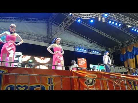 บันทึกการแสดงสดไหมไทย หัวใจศิลป์ 2557