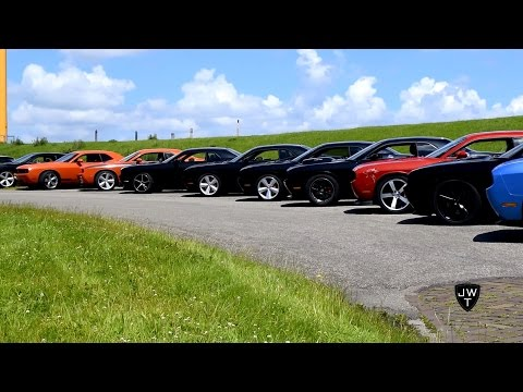 BIG Dodge Challenger (SRT-8) Meeting in Holland! LOUD Revs, BURNOUTS & More!