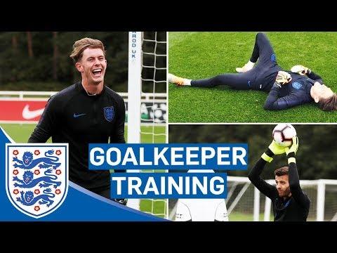 Lightning Reflexes And Claiming Crosses! | Goalkeeper Training | England U21