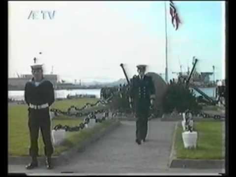 Kransenedlegging Pa Ulsnes 17 Mai Stavanger 1992 Kort Versjon