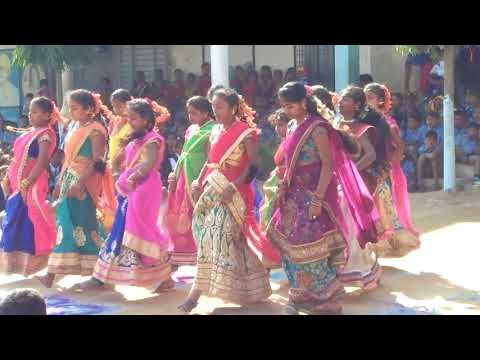 Telangana Lo Putti School Complext Kistapur Girls Dance