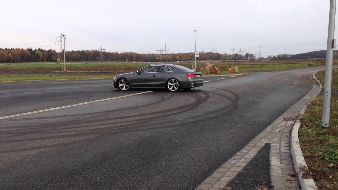 Audi A5 3.0 V6 TDI Quattro snow drift
