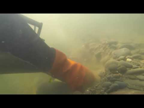 UNDERWATER GOLD DREDGING IN HD 7 1 2015 Rogue River Gold