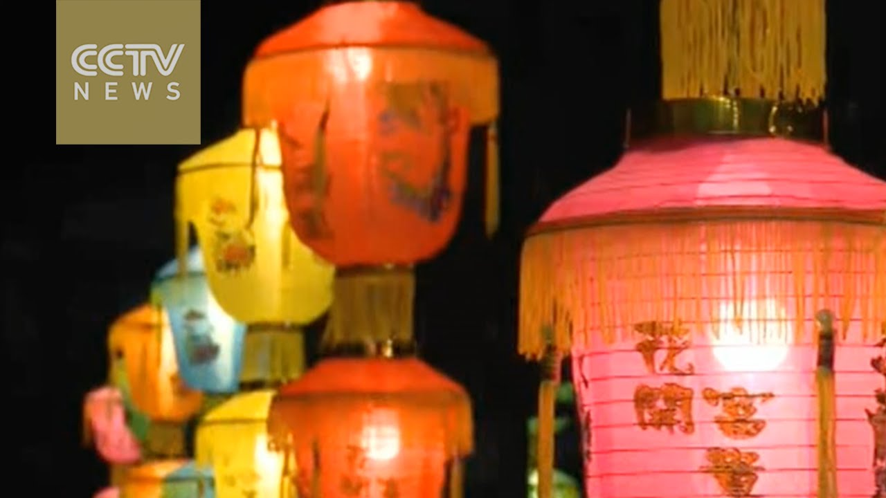 Lantern parade lights up Malaysian sky for Mid-Autumn Festival