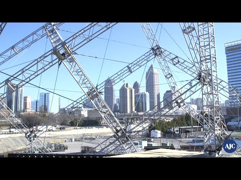 DZL - How they built the 6k seat venue just for the Foo Fighters in ATL