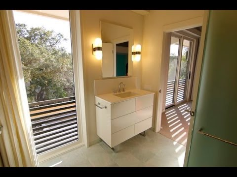 Simple Medicine Cabinet  & Bath Remodeling Tips