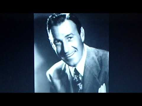 """Wayne King And His Orchestra:  """"(When Your Heart's On Fire) Smoke Gets In Your Eyes""""  (1939)"""