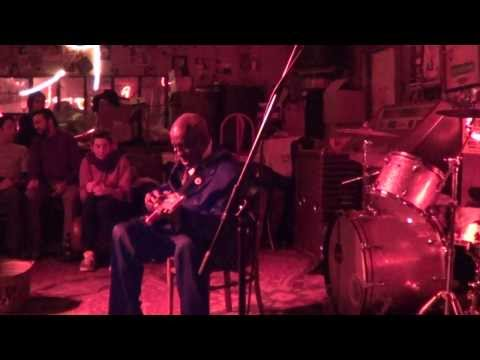 """Leo """"Bud"""" Welch - Red's Lounge, Clarksdale MS - 20.01.2014"""
