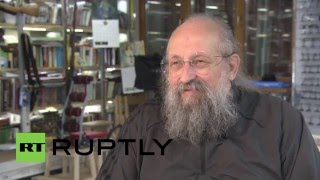 Russia: Putin grants citizenship to Ukrainian-born journalist Anatoli Vasserman