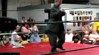 The Shortest Ring Announcer in Georgia, JBLementary