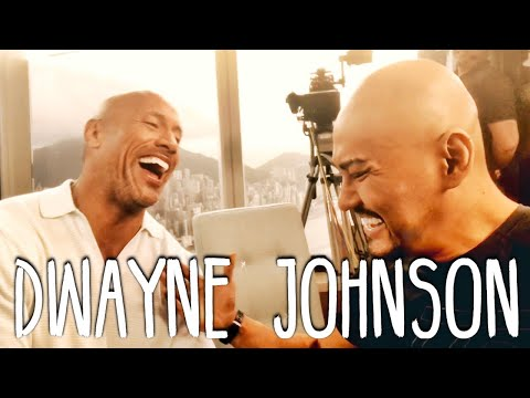 Dwayne THE ROCK Johnson (SUMPAH NIH ORG GEDE BGT!!) Interview Hongkong Skyscraper